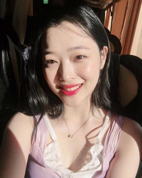 Những mỹ nhân Kbiz có phong cách make-up đẹp nhất 2018-4