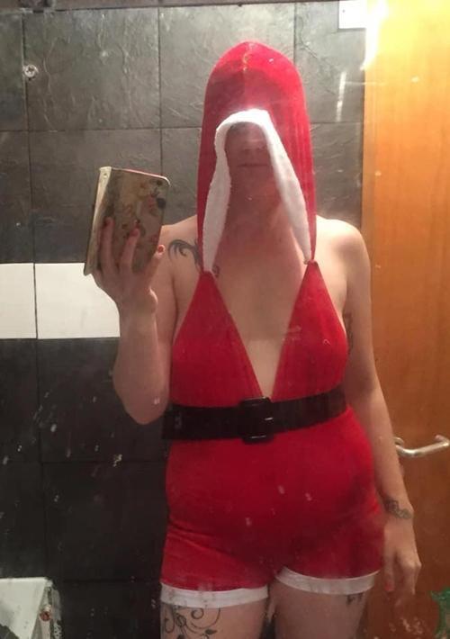Mua váy sexy mừng Giáng sinh, mẹ hai con vỡ mộng hoàn toàn-2