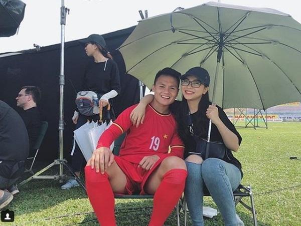 Quỳnh Búp Bê bất ngờ thả thính Quang Hải, bạn gái hotgirl ra chiêu độc khiến người xem gật gù cao tay-8