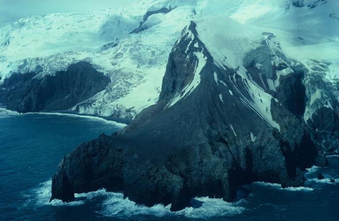Sửng sốt trước 10 hòn đảo bí ẩn được xem là sự kỳ diệu của tạo hóa-4
