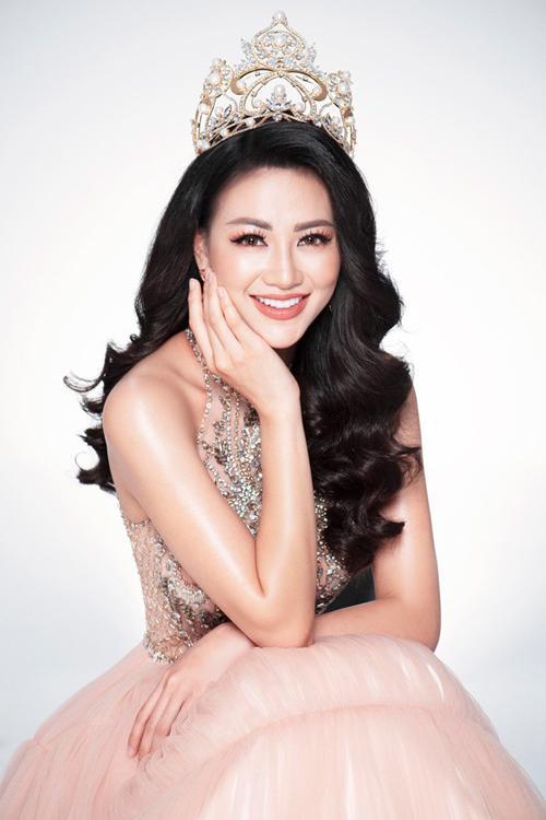 Trước Hoa hậu Trái Đất 2018 Phương Khánh, loạt bông hậu đẹp tuyệt trần cũng bị tố vô ơn, lừa thầy phản bạn-1