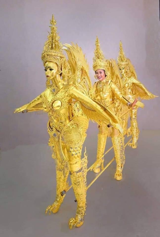 Chiêm ngưỡng loạt quốc phục khủng của Hoa hậu Lào qua các năm thi MISS-2