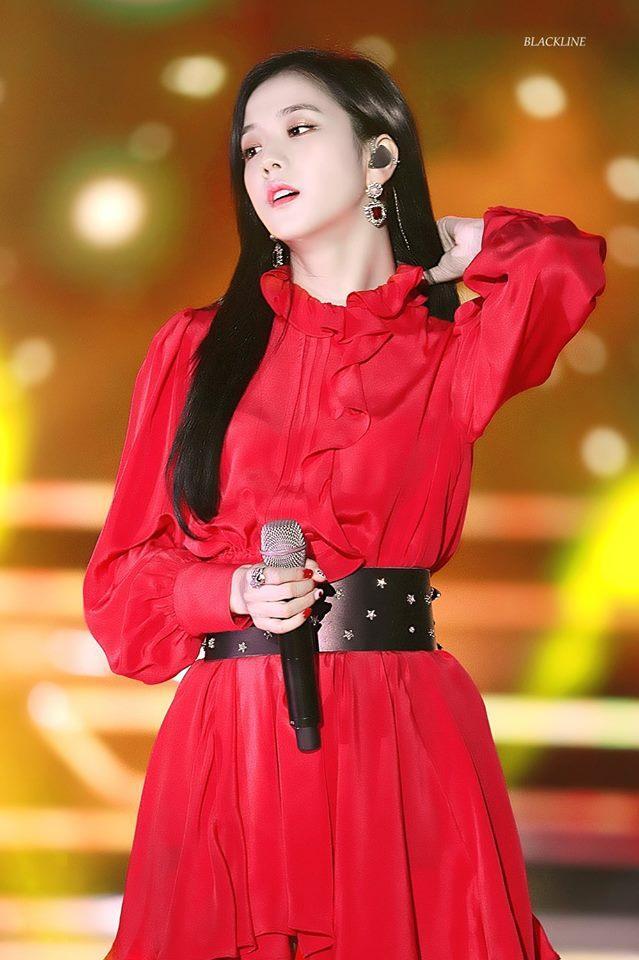 Không phải Jennie, chính Jisoo Black Pink mới là người sở hữu những khoảnh khắc đẹp đến gây bão-10