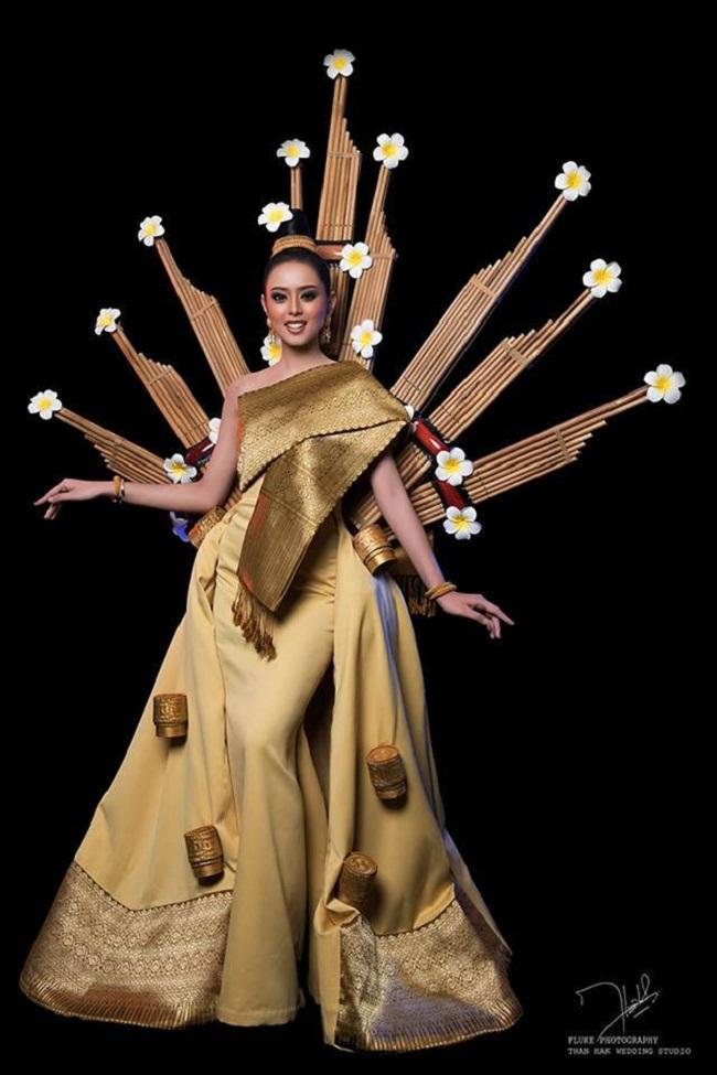 Chiêm ngưỡng loạt quốc phục khủng của Hoa hậu Lào qua các năm thi MISS-8