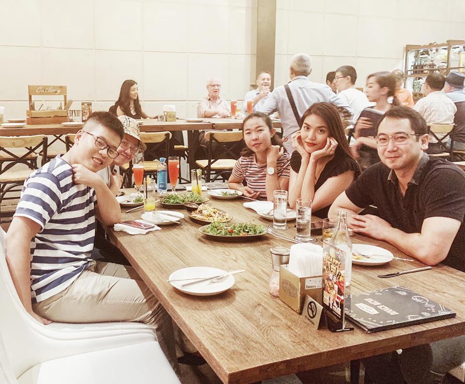 Chỉ mỗi việc ăn uống, vợ chồng Lan Khuê cũng làm rùm beng mạng xã hội-8