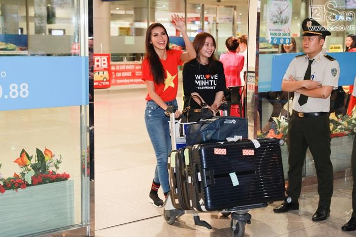 Minh Tú khiến sân bay Tân Sơn Nhất đông vui như trẩy hội khi trở về từ Miss Supranational 2018-1