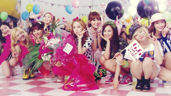 Jessica đã rời nhóm 4 năm, Yuri vẫn gián tiếp khẳng định SNSD luôn có 9 thành viên bằng hành động này-1