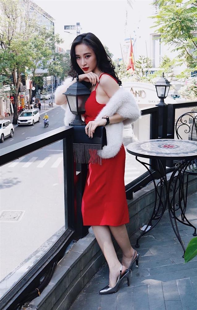 STREET STYLE sao Việt: Hồ Ngọc Hà diện áo hơn 200 triệu - Angela Phương Trinh hóa công chúa tuyết-4