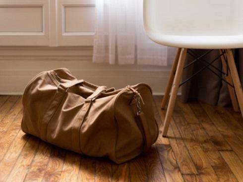 Vì sao hành lý xách tay khi đi máy bay giới hạn ở 7 kg?-2