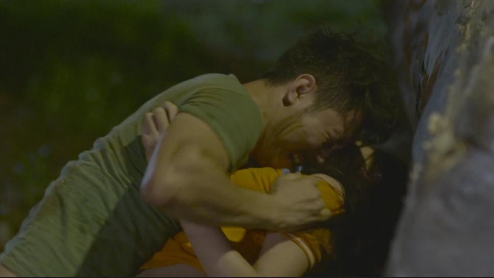 Sau Quỳnh Búp Bê, màn ảnh Việt lại có phim đầy rẫy những cảnh cưỡng hiếp-3