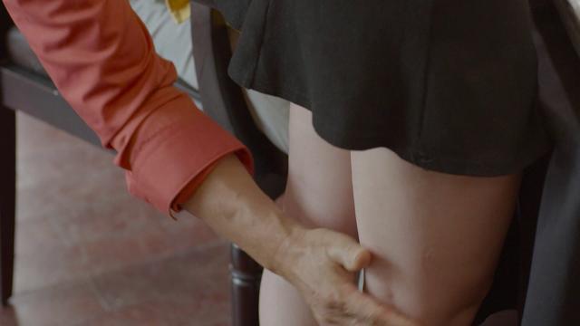 Sau Quỳnh Búp Bê, màn ảnh Việt lại có phim đầy rẫy những cảnh cưỡng hiếp-4