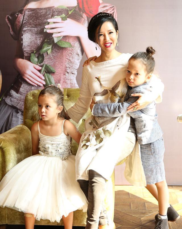 Hôn nhân đi vào ngõ cụt, diva Hồng Nhung chấp nhận thực tế theo cách đỡ đau khổ nhất-3