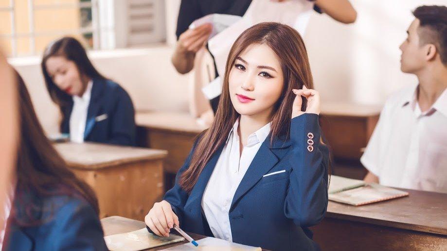 Quá bất ngờ, Em gái mưa của Hương Tràm là ca khúc đầu tiên cán mốc 400 triệu lượt nghe-1
