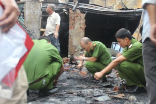 Ghen tuông, chồng tưới xăng đốt vợ khiến cả 2 bị bỏng toàn thân-1