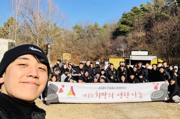 Dù là ảnh hậu trường, Kim Hee Sun vẫn khiến cư dân mạng choáng ngợp vì quá đẹp-9