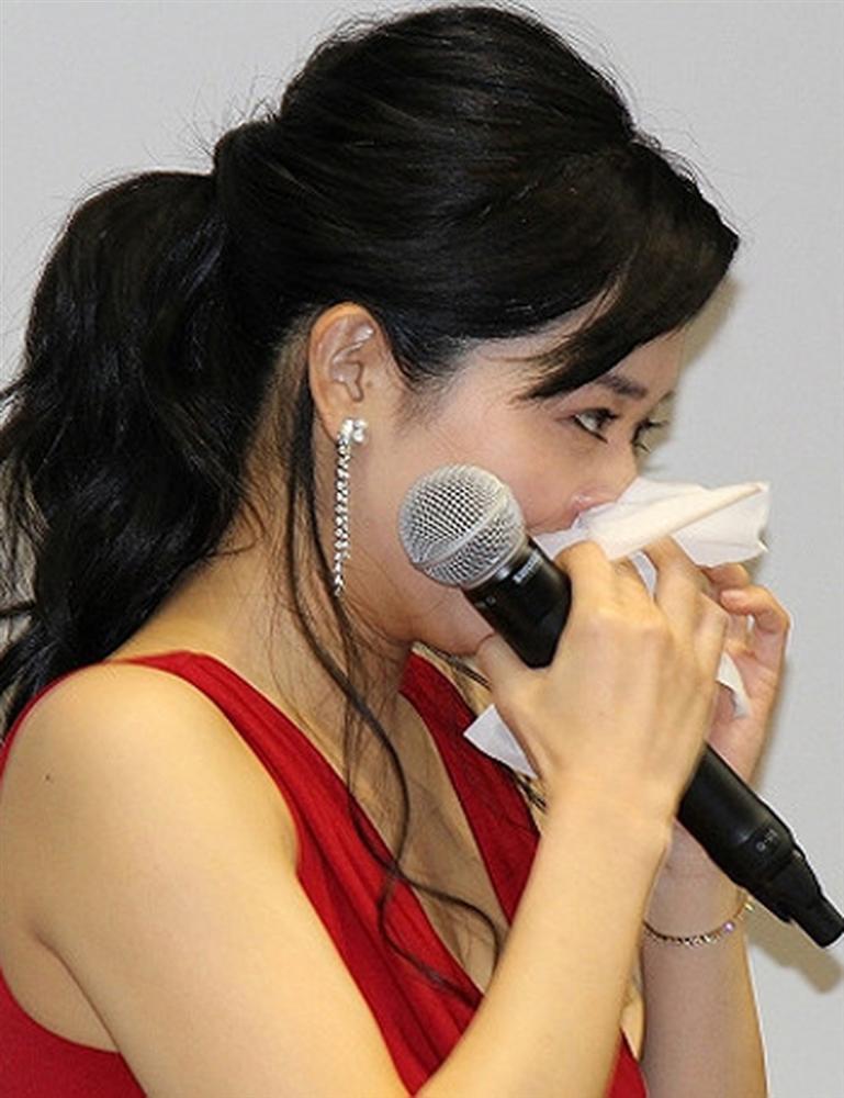 Đời buồn của thánh nữ phim cấp 3 Nhật Bản: Lấy chồng hoàn lương nhưng lại bị ngăn cản sinh con-4