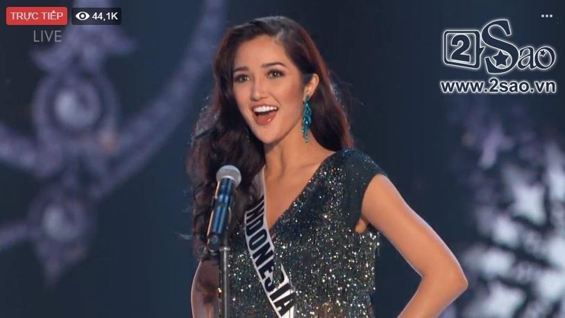HHen Niê trình diễn bikini gợi cảm, tung váy dạ hội xuất quỷ nhập thần đêm bán kết Miss Universe 2018-38