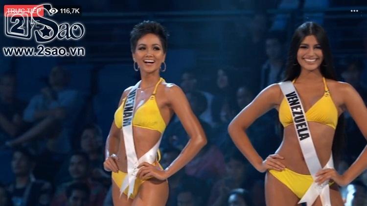 HHen Niê trình diễn bikini gợi cảm, tung váy dạ hội xuất quỷ nhập thần đêm bán kết Miss Universe 2018-15