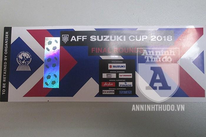 Lời kể cay đắng của nạn nhân bị lừa hàng chục triệu đồng mua vé giả chung kết AFF Cup-2