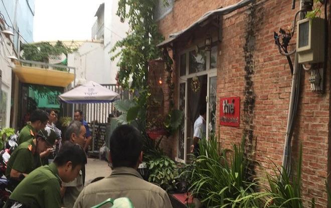 Đánh sập thiên đường sung sướng đồng tính nam trá hình trong tiệm cạo mặt, gội đầu ở Sài Gòn-1