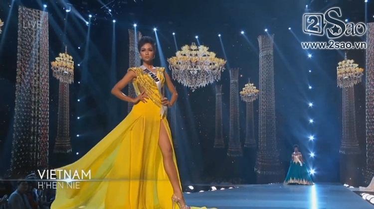 HHen Niê trình diễn bikini gợi cảm, tung váy dạ hội xuất quỷ nhập thần đêm bán kết Miss Universe 2018-3