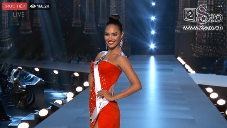 HHen Niê trình diễn bikini gợi cảm, tung váy dạ hội xuất quỷ nhập thần đêm bán kết Miss Universe 2018-4