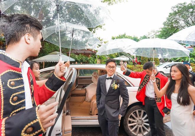 Thêm siêu đám cưới trị giá 4,6 tỷ ở Hải Phòng: Chú rể mang siêu xe hiếm đi đón dâu, tiệc cưới trang trí đẹp như cổ tích-3