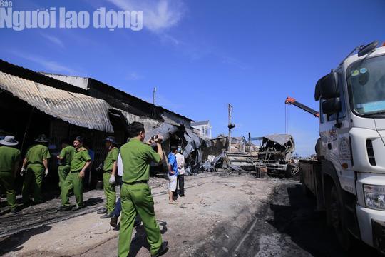 Vụ xe bồn làm cháy 19 nhà: Thiệt hại khoảng 10 tỷ đồng!-1