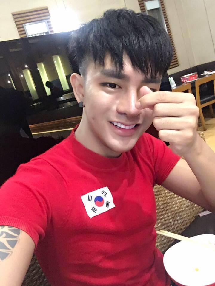 Thanh niên 25 tuổi chi bội tiền cho 30 cuộc phẫu thuật thẩm mỹ để giống trai Hàn-3