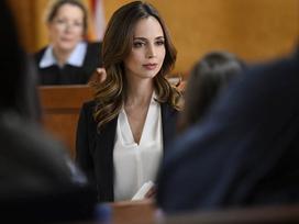 Nữ diễn viên được bồi thường 9,5 triệu USD vì bị quấy rối tình dục