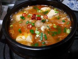 Ấm bụng ngày đông nhờ 3 món canh nóng chuẩn vị Hàn