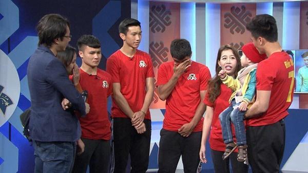 Quang Hải rưng rưng, Đức Chinh liên tục lau nước mắt trong chương trình Điều ước thứ 7-1
