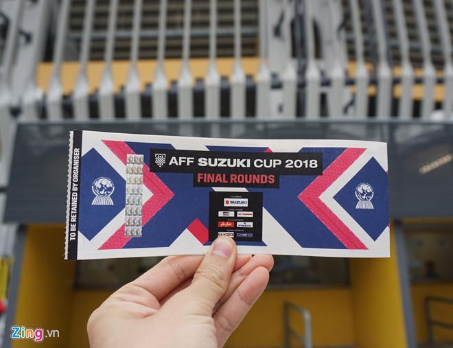 Giá vé trận chung kết vẫn chưa hạ nhiệt, 18 triệu đồng cho đôi vé VIP-2