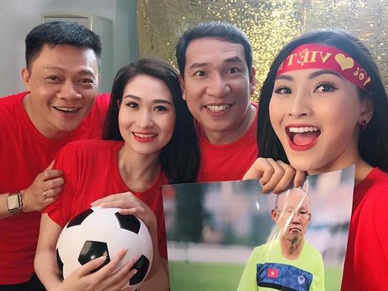 Các ca khúc hát mừng đội tuyển Việt Nam-1