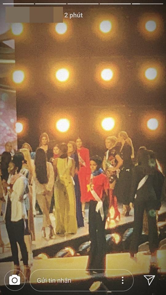 Đang bận tổng duyệt Miss Universe, HHen Niê vẫn rủ hoa hậu Mỹ mặc áo cờ đỏ sao vàng cổ vũ tuyển Việt Nam-3