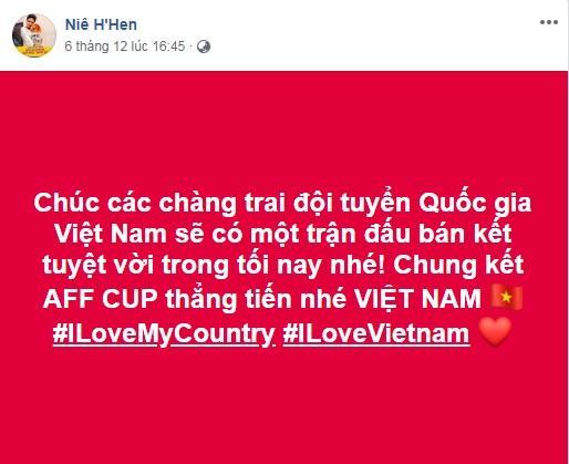 Đang bận tổng duyệt Miss Universe, HHen Niê vẫn rủ hoa hậu Mỹ mặc áo cờ đỏ sao vàng cổ vũ tuyển Việt Nam-4