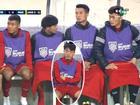 Bức ảnh HÀI NHẤT AFF CUP: Ngồi ghế dự bị Xuân Trường ngủ gật, Bùi Tiến Dũng và Công Phượng 'mặc váy' chống rét