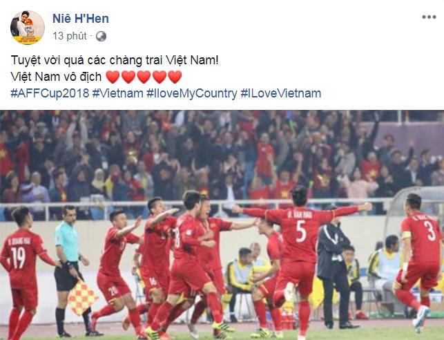 Dàn sao Việt gào nổ mạng xã hội, tưng bừng đi bão ăn mừng tuyển Việt Nam vô địch AFF Cup 2018-6