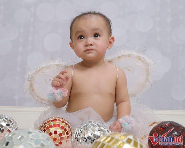Biểu tượng gợi cảm Y Phụng khoe con gái tròn 1 tuổi ở Mỹ-4