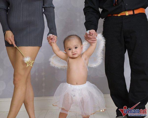Biểu tượng gợi cảm Y Phụng khoe con gái tròn 1 tuổi ở Mỹ-5