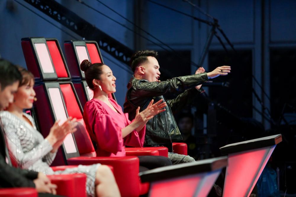 Sau khi gây sốt với Ngắm hoa lệ rơi, thí sinh bị cho là cài cắm vào The Voice Kids đắt show như ngôi sao-2
