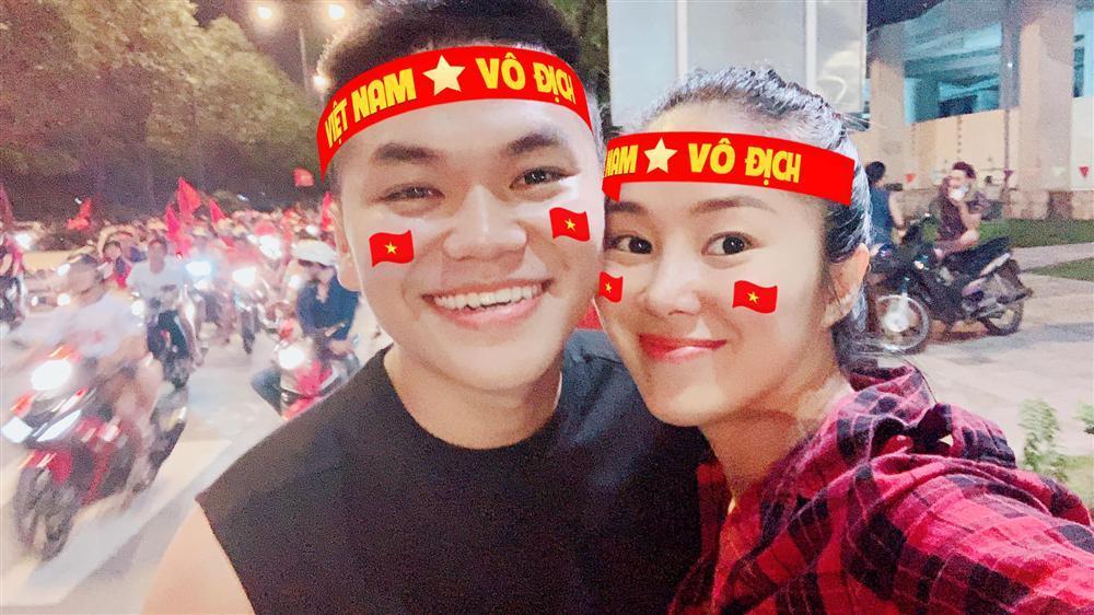 Đoán đúng Việt Nam vô địch nhưng Trấn Thành lại đi bão vào thời điểm đường không một bóng người-5