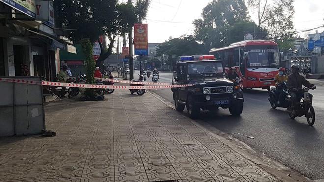 9X bị đâm chết khi đi cổ vũ đội tuyển Việt Nam vô địch AFF Cup-1