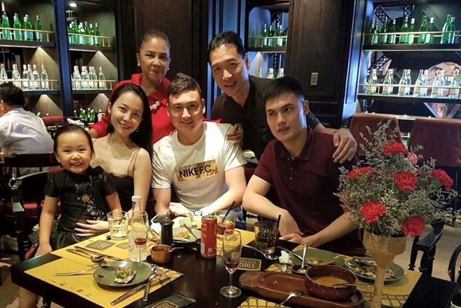 Linh Nga: Đặng Văn Lâm, nhà mình ở Nga và Sài Gòn đều khóc vì em-2