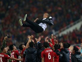 Việt Nam vô địch AFF Cup sau thập kỷ chờ đợi, không sự kiện showbiz nào đủ nóng để 'vượt mặt' tuần qua