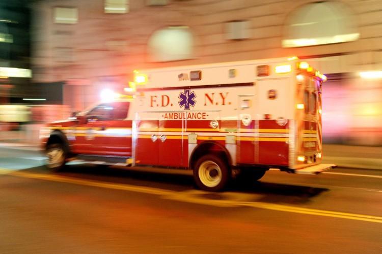 Chuyện thật như đùa: Tài xế xe cứu thương lên cơn đau tim, nạn nhân đi cấp cứu trở thành lái xe bất đắc dĩ-2
