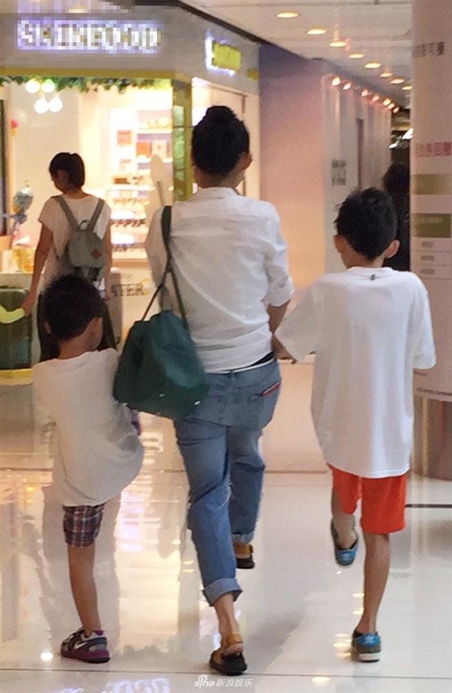 Trương Bá Chi xác nhận sinh tiểu hoàng tử thứ ba nhưng quyết giấu danh tính bố đứa trẻ-8