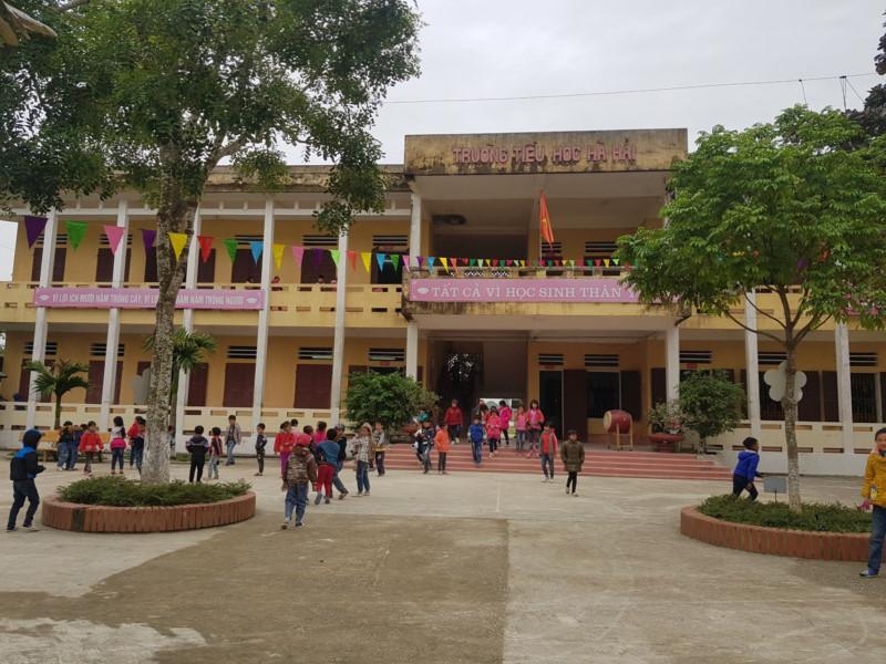 Vụ cháu bé bị ni cô đánh đập ở Thanh Hoá: Cô giáo chủ nhiệm lên tiếng tố giác-3