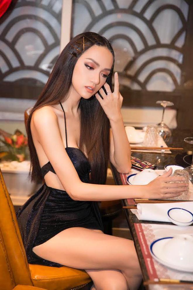 Hương Giang Idol đã đạt đến cảnh giới này rồi sao: ĐẸP bất chấp kiểu tóc hay mẫu váy kén dáng nhất-4