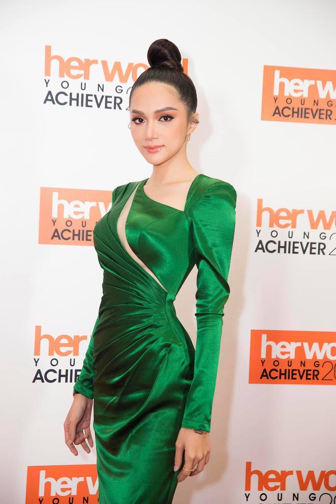 Hương Giang Idol đã đạt đến cảnh giới này rồi sao: ĐẸP bất chấp kiểu tóc hay mẫu váy kén dáng nhất-5